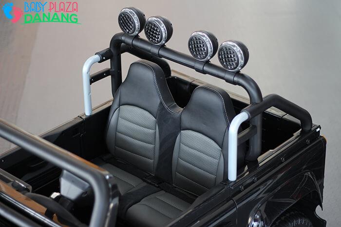 Xe ô tô điện cho bé Land Rover 702 12