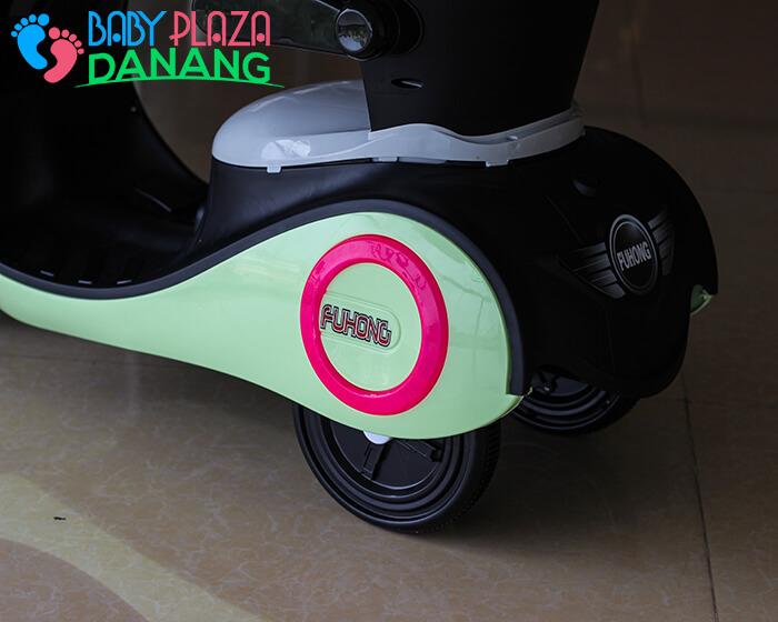 Xe máy điện cho bé Vespa 606 12