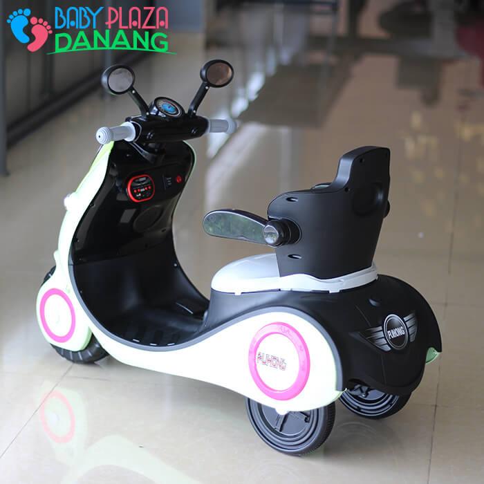Xe máy điện cho bé Vespa 606 5