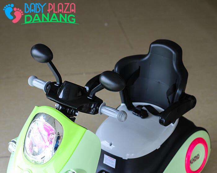 Xe máy điện cho bé Vespa 606 9