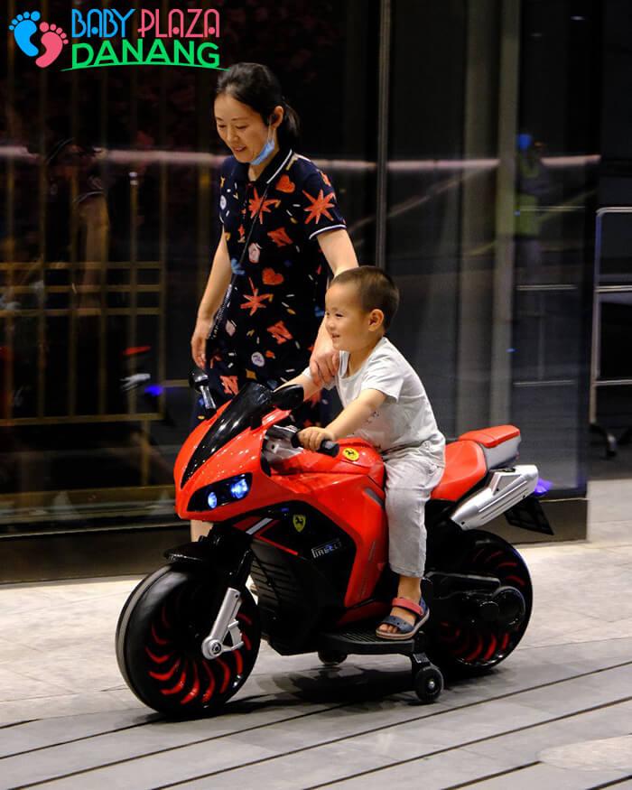 Xe moto điện trẻ em 900 3