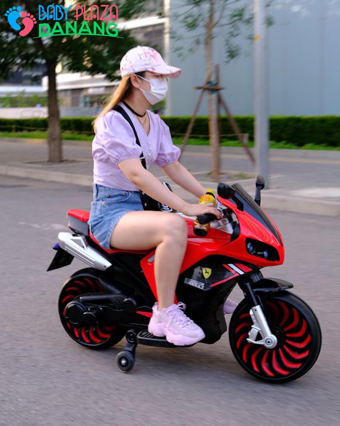 Xe moto điện trẻ em 900 6