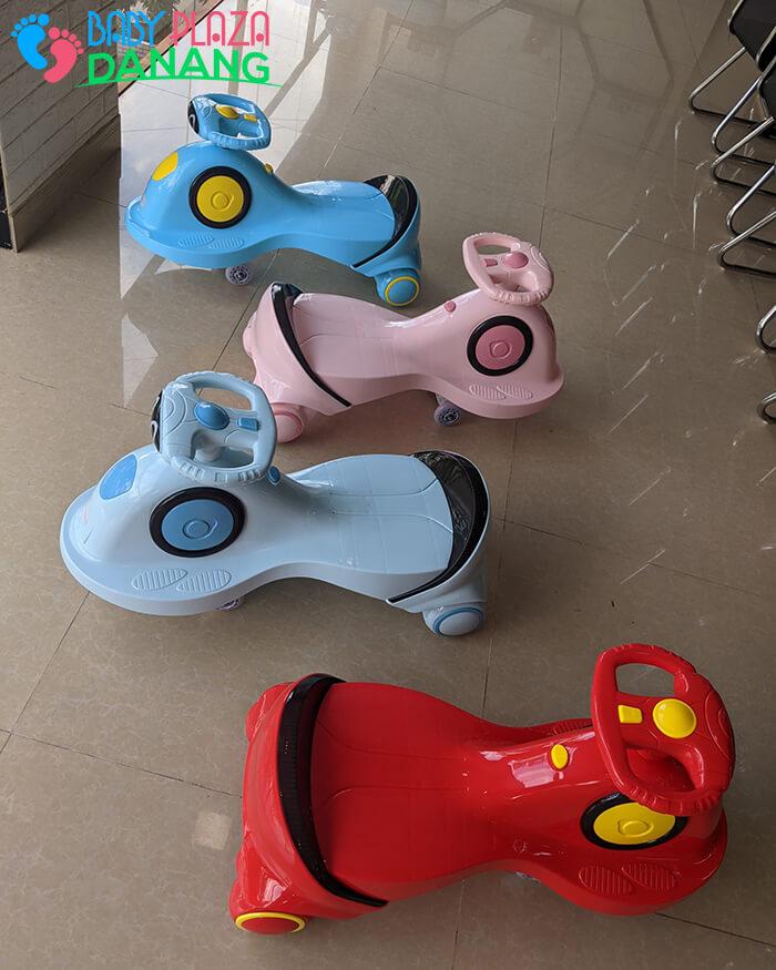 Xe lắc đồ chơi cho bé SZ007 2