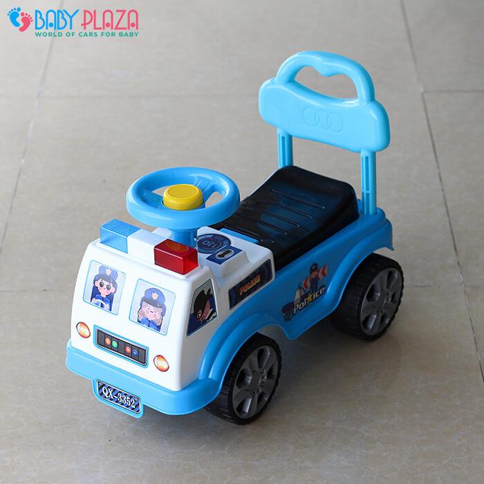 Chòi chân 4 bánh mô hình xe cảnh sát QX3352 1