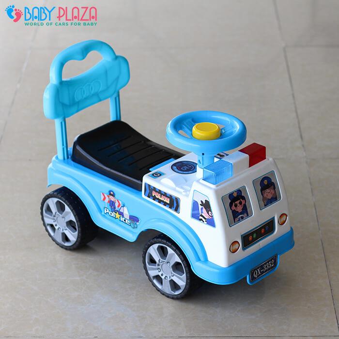 Chòi chân 4 bánh mô hình xe cảnh sát QX3352 2