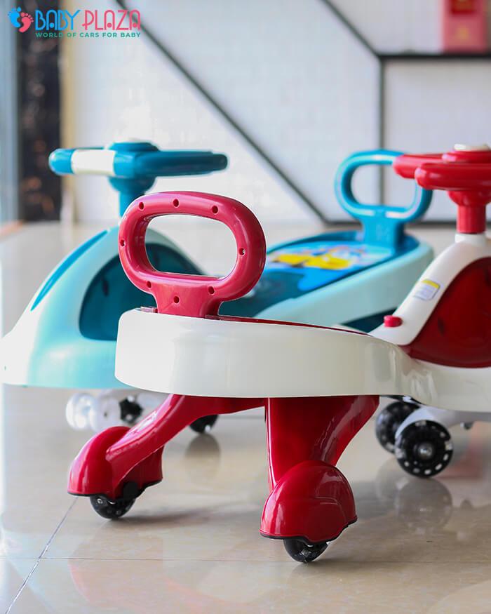 Xe lắc đồ chơi cho trẻ có đèn, nhạc XL-630 12
