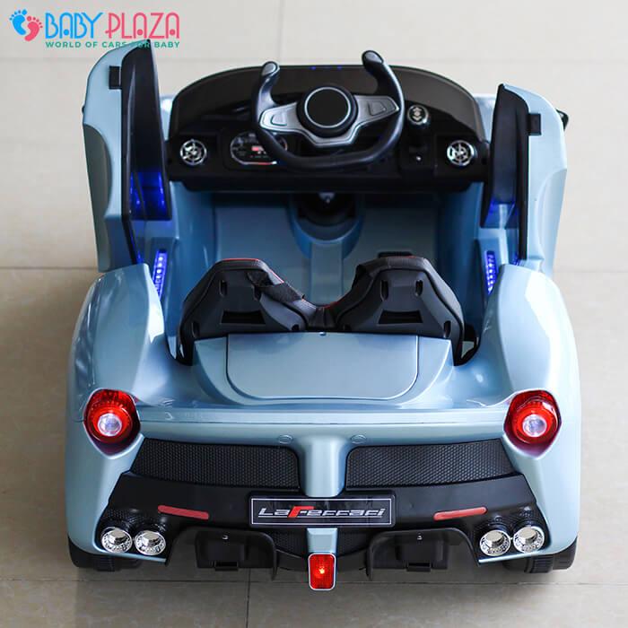 Xe ô tô chạy điện cho bé 7588 17