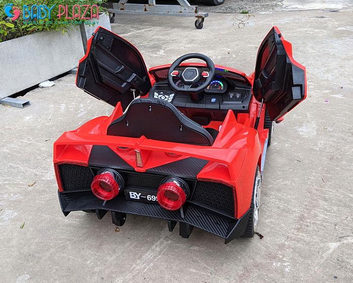 Xe hơi điện siêu sang cho trẻ BY699 11