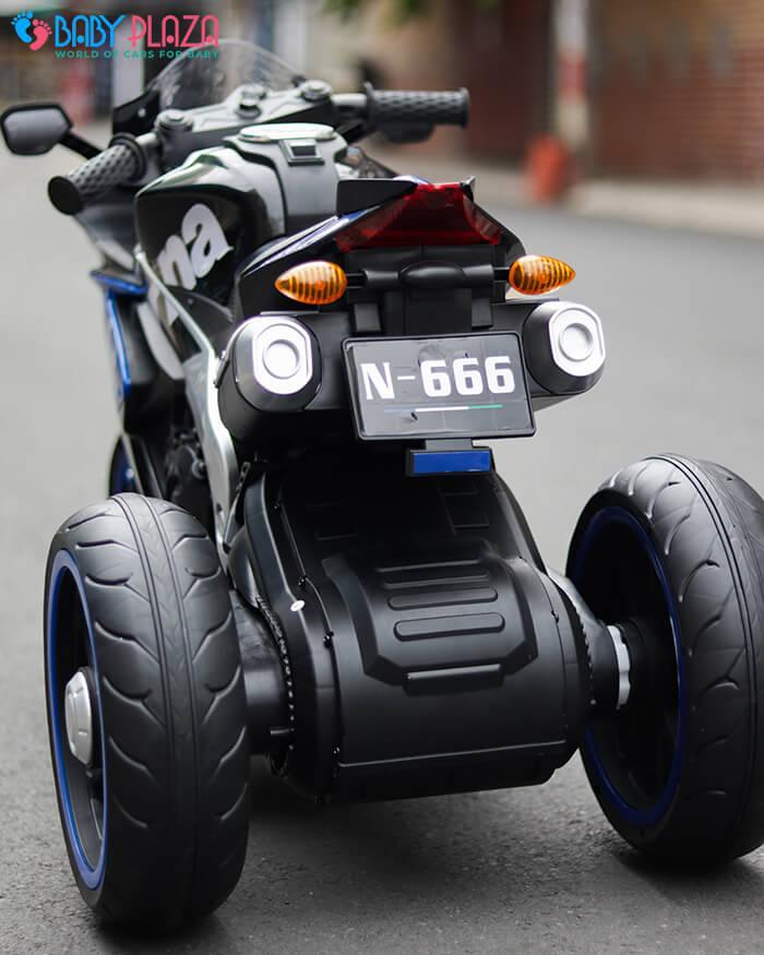 Xe mô tô thể thao trẻ em N666 12
